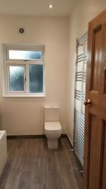 mr-and-mrs-lai-bathroom-17